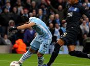 Manchester City clasifica poco