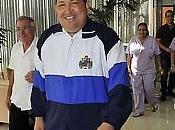Chávez cumple rutina ejercicios sigue dieta balanceada: Primeras imágenes Presidente luego operación: reunió Fidel Raúl Castro.