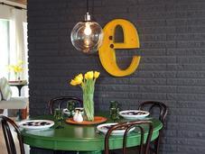 casa mesa verde letra amarilla